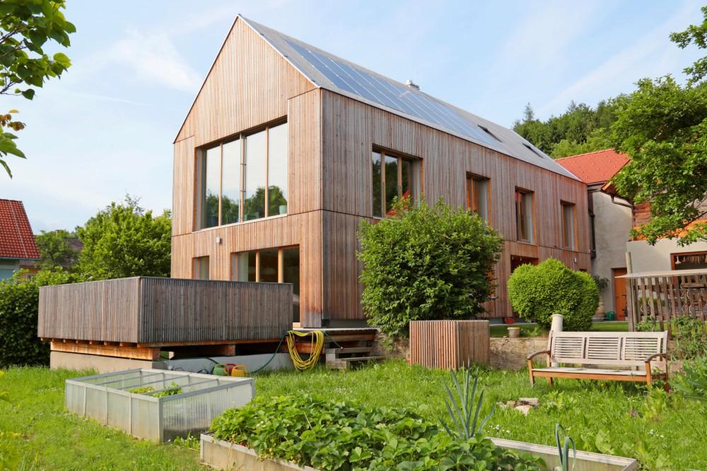 Holzbau Zimmerei Einfamilienhaus in Pöllau